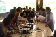 Pelatihan Teknisi Handphone Bersama DPD KNPI Kabupaten Natuna-12