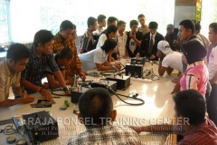 Pelatihan Teknisi Handphone Bersama DPD KNPI Kabupaten Natuna-13