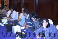 Workshop-Reparasi-Ponsel-Outlet-Telkomsel-10_exposure